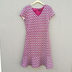 Banana Republic | Pink and navy v neck dress